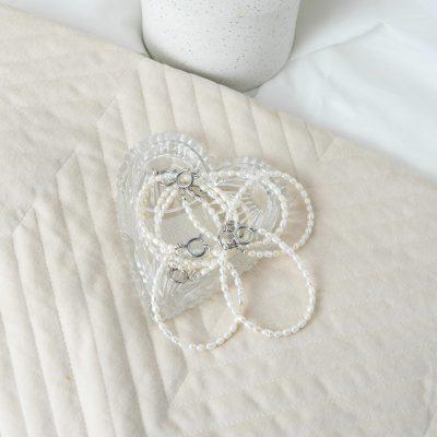 Zilveren zoetwater parel armbandje